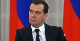 """Ante la coyuntura, reiteró que Moscú ayudará a los dos países, """"mantener las sanciones es una actitud absolutamente irresponsable e inmoral. Debemos evitar ese enfoque en medio de la crisis actual"""", manifestó."""