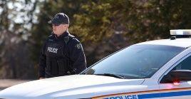 Previo a la confrontación la comisaría de Nueva Escocia reportó varias llamadas de usuarios denunciando los ataques.