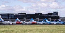 Empresas de aviación de Argentina fusionarán operaciones comerciales para reducir el impacto económicos generados por la Covid-19.