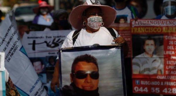 Madres de desaparecidos en México realizan marcha   Noticias   teleSUR
