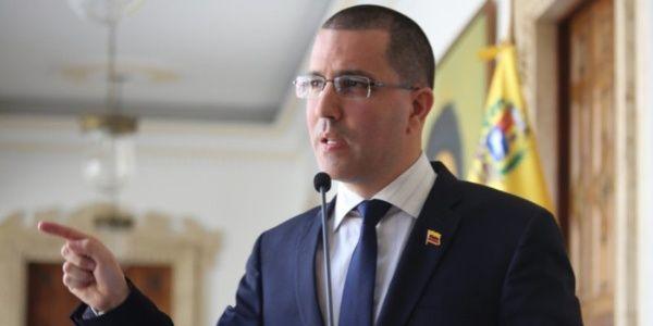 """""""No tenemos ningún tipo de duda de que EE.UU. promovió la operación, en coordinación con Colombia"""", expresó Jorge Arreaza."""