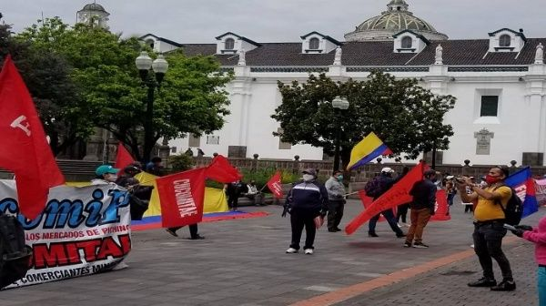 Protestan en Ecuador contra medidas económicas del Gobierno
