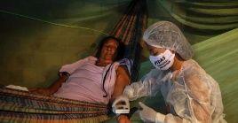 Como todo navega por el Amazonas, resulta contraproducente pretender controlar al virusde la misma forma en que lo intentan con el transporte fluvial.