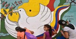 La terminación del conflicto armado y el logro de la paz son metas añoradas largamente por los colombianos.