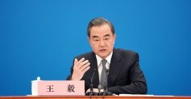 La rueda de prensa del canciller chino se produjo en el marco de la tercera sesión de la XIII Asamblea Popular Nacional (APN), en el Gran Palacio del Pueblo, en Beijing.
