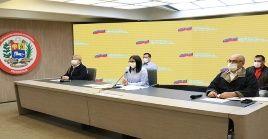 Rodríguez reafirmó que las autoridades sanitarias seguirán garantizando las pruebas para detectar el virus en todo el país.