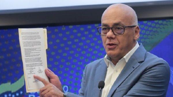 El acuerdo fue firmado por el ministro para la Salud venezolano, Carlos Alvarado; y el infectólogo y asesor de la Asamblea Nacional (AN), Julio Castro.