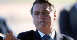Como ha reiterado desde el inicio del brote de coronavirus, Bolsonaro abogó por levantar el aislamiento y alegó que los costos económicos superan los riesgos para la salud pública.