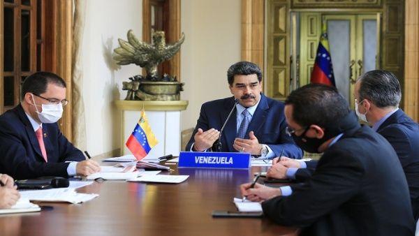 El presidente venezolano Nicolás Maduro propone crear Consejo Económico-Político para debatir propuestas para superar la pandemia.