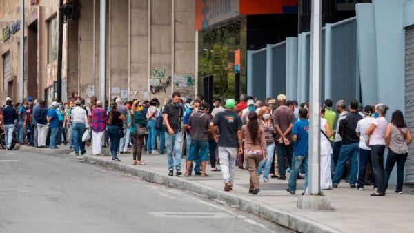 Las autoridades venezolanas llamaron al cumplimiento de las medidas preventivas, en especial el uso correcto del tapabocas.