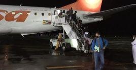 El vuelo humanitario permitió el retorno a sus países de origen de 66 estudiantes becados en Cuba.