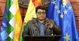 El senador boliviano instó al diálogo como método para dirimir el problema social en la región.