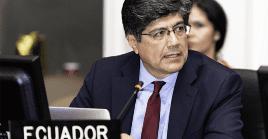 Funcionarios ecuatorianos abandonan cargos en medio de escándalos por corrupción durante la crisis sanitaria por la Covid-19.