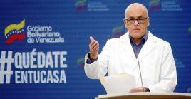 """Rodríguez señaló que con los nuevos contagios, el país aumenta los contagios a más de 11.000, """"de esta manera, Venezuela llega a un total de 11.483 contagios de la Covid-19"""", aseveró."""