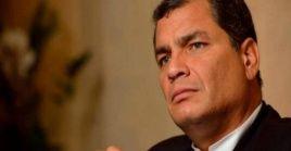 La ilegalización del partido Fuerza Compromiso Social lleva la democracia de Ecuador por el camino de la arbitrariedad, sostiene el Grupo de Puebla.
