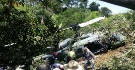 El Ejército colombiano informó que el helicóptero había desaparecido con seis tripulantes cerca de la frontera con Brasil.