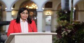 a vicepresidenta convocó para el próximo domingo a todos los ciudadanos a reconocer la labor heroica del personal de salud en el país con una jornada de aplausos.