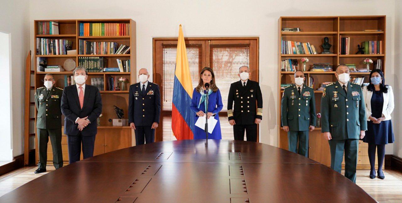 Vicepresidenta Marta Lucía Ramírez pide retomar proyecto de ley sobre igualdad para hombre y mujeres en servicios en las Fuerzas Armadas.