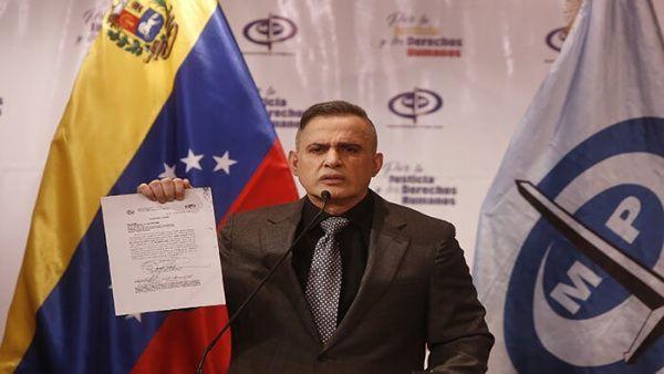 El fiscal venezolano explicó que la decisión fue tomada en la primera audiencia preliminar en la que los exmilitares fueron acusados por fiscales de la causa por graves delitos.