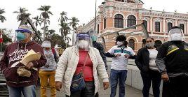 La cifra de contagios y muertes por la Covid-19 en Perú comenzaron a aumentar nuevamente desde el desconfinamiento el pasado 1 de julio.