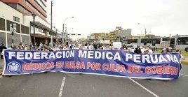 Los directivos del gremio se comprometieron a no paralizar los servicios de áreas críticas de los hospitales públicos durante la huelga.