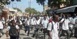 Los estudiantes haitianos se han sumado a movilizaciones anteriores convocadas por los maestros.