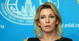 María Zajárova es la primera mujer en ser la vocera oficial de la cancillería rusa.
