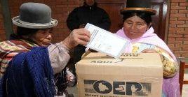 Las elecciones generales del 18 de octubre fueron consensuadas con diversas fuerzas sociales y partidos políticos bolivianos.