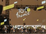 El Tour de Francia 2020 impone a los ciclistas un recorrido de aproximadamente 3400 kilómetros, distribuidos en 21 etapas.