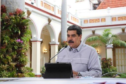 El mandatario venezolanoaseveróque se garantizará todo el material deapoyo para maestros y estudiantes.