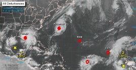 En este momento se produce el acontecimiento natural, pocas veces visto, de cinco tormentas a la vez en la cuenca atlántica.