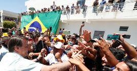 Bolsonaro, así como varios de sus ministros y seguidores, ignoraron las recomendaciones sanitarias al no hacer uso de cubrebocas.