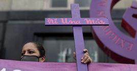 El Tribunal guatemalteco dictó a Brito Raymundo 50 años de prisión por el delito de femicidio y 12 por violación.