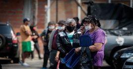 Las regiones argentinas más afectadas por la pandemia son la provincia de Buenos Aires con 456.470 contagios confirmados, seguida de la área metropolitana de Buenos Aires con 132.734 casos.