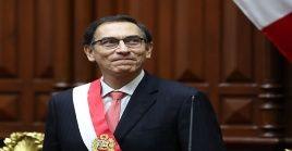 La nueva moción está motivada por acusaciones de que Vizcarra recibió dos sobornos por cientos de miles de dólares.