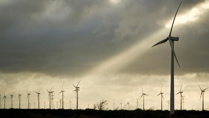 Presidente mexicano defiende políticas energéticas públicas