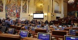 El debate se centró en la negativa de cerrar las listas, a las listas paritarias y la oposición a la creación de más curules en el Senado.