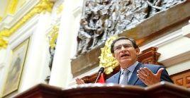 """""""El pueblo peruano ha sido mi mayor respaldo y fortaleza"""", expresó Vizcarra."""