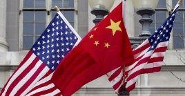 Las nuevas medidas contra China serán aplicadas no solo a ciudadanos y empresas estadounidenses, sino también a sus sucursales extranjeras y a residentes permanentes en Estados Unidos.