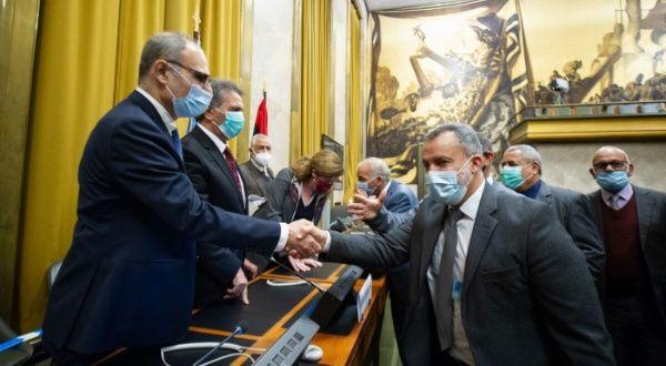 Partes enfrentadas en Libia acuerdan celebrar comicios en 2021