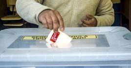 El excanciller de Chile,Heraldo Muñoz, también reveló que no pudo votar porque la mesa no estaba a disposición.
