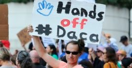 El programa protege de la deportación a unos 800 mil jóvenes, la mayoría mexicanos.