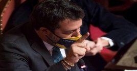 """Matteo Salvini bloqueó al barco de la Guardia Costera """"Gregoretti"""", que tenía 135 inmigrantes a bordo."""
