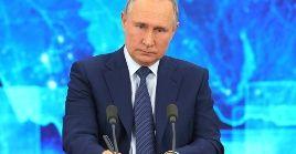 El presidente Vladimir Putín llamó a la adhesión de principios humanistas en la política exterior global, eliminando las restricciones y bloqueos comerciales.