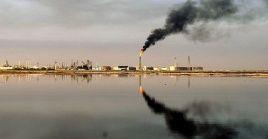 Irán aumentó sus exportaciones de petróleo a más de 2.000.000 de barriles de petróleo al día.