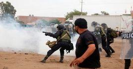 La presidenta del Congreso, Mirtha Vásquez lamentó el deceso de las dos personas y condenó el accionar policial contra la protestas.