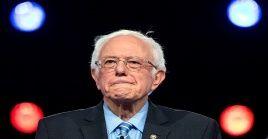 """En reiteradas ocasiones, Bernie Sanders ha calificado de hipócrita el modo en que se """"alarman"""" los ricos de Estados Unidos cuando se propone brindar más ayuda financiera a los trabajadores y sus familias."""