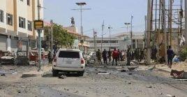 El violento incidente dejó un saldo de 14 heridos, que reciben atención en diferentes centros asistenciales de la capital.