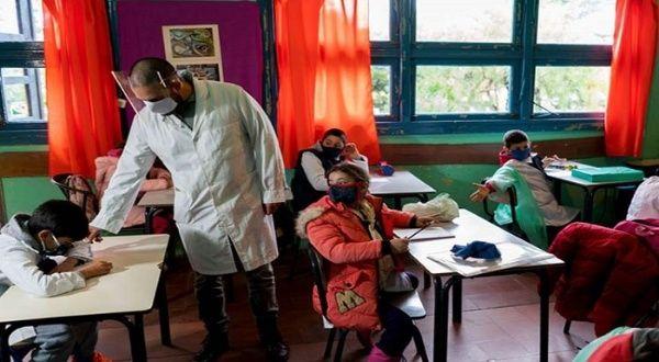 Argentina prevé vacunar a docentes | Noticias | teleSUR