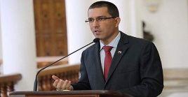 En la declaración divulgada por el canciller venezolano Jorge Arreaza se señala el cinismo y la hipocresía que marcan esta nueva artimaña de la Casa Blanca contra Cuba.